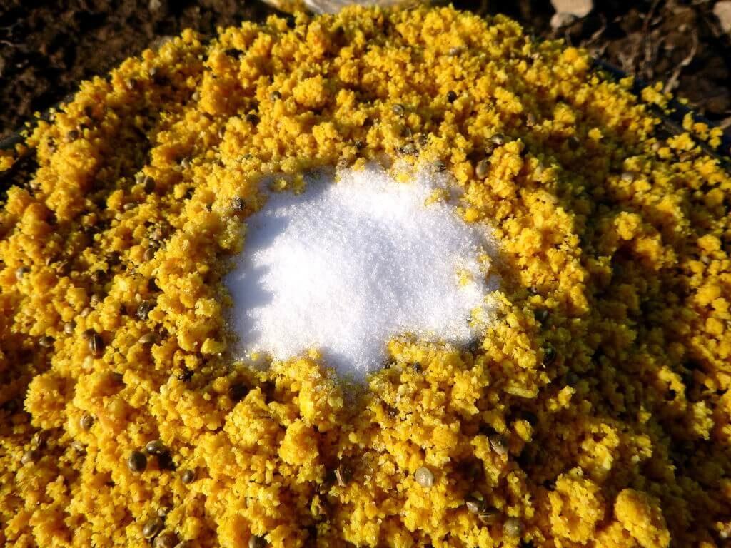 Salz verstärkt die Geschmacksstoffe im Grundfutter