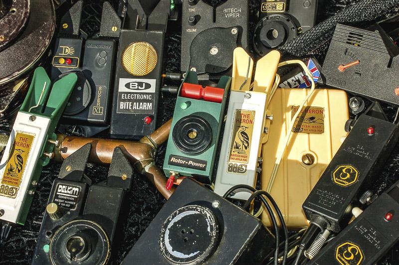 Sammlung elektronischer Bissanzeiger